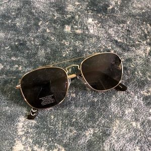 Urban Outfitters Accessories - Urban outfitters sunglasses